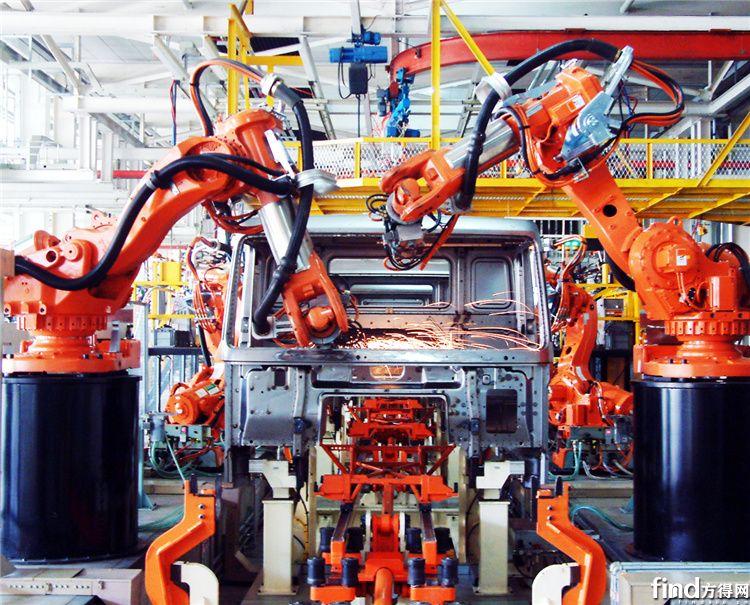 中国重汽集团济南卡车制造公司驾驶室机器人焊装线