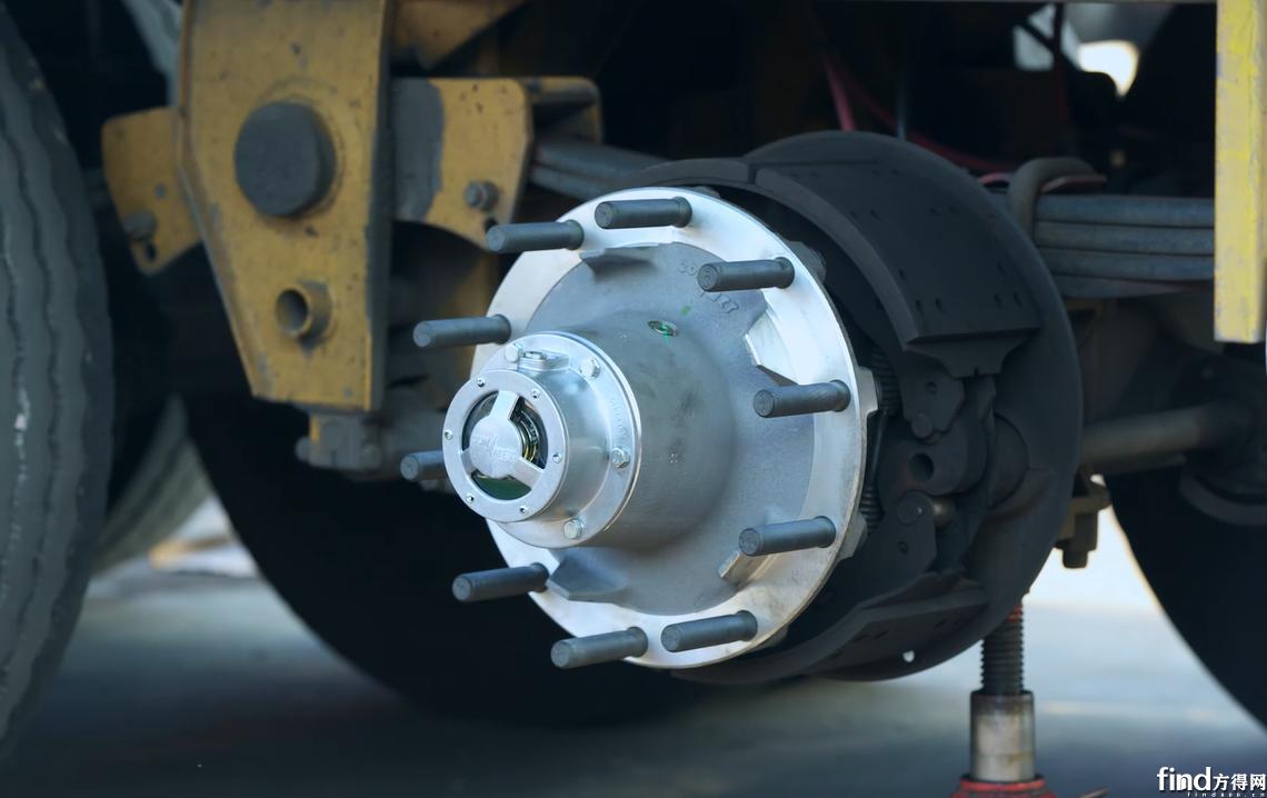 为国内卡友提供免维护轮端整体解决方案,康迈挂车轮毂准备就绪
